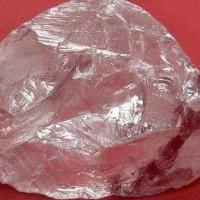 ロシアで超巨大なダイヤが発掘された!大きさはなんと158.2カラット・・・