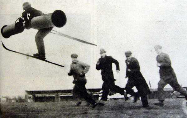 1934年のエイプリルフールの時に新聞に掲載された写真