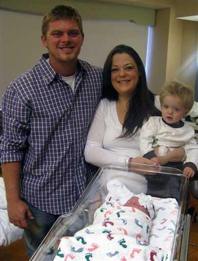 ライアンさんと家族の写真