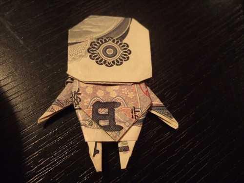「読書をたしなむ鶴が折れた」とTwitterで話題+その他凄い折り紙