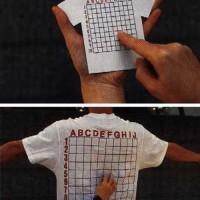 「Fの・・・6番!」背中の痒い部分を座標で指定できるTシャツ「Back Scratcher T-Shirt」