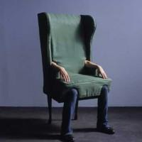 この発想は無かったJamie Isensteinの「リアル人間椅子」
