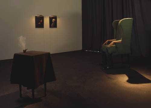 Jamie Isensteinの「リアル人間椅子」3