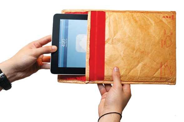 レトロな封筒風デザインのタブレットケース「Luckies undercover tablet sleeve」