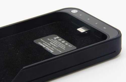【売ってた】Lightningケーブル不要のiPhone5用バッテリー内蔵ケース