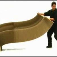どんな形にも自由自在!とんでもない変形パターンを持つ驚きの椅子