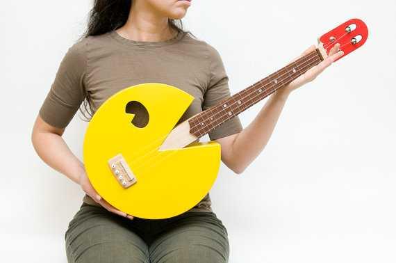 パックマン型ギター