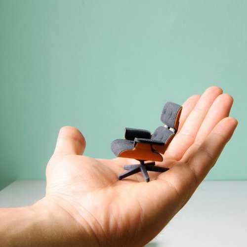 3Dプリンターで作ったリアルなミニチュア椅子