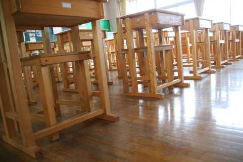 福岡県にある南風小学校の校歌が半分英語でカッコイイ