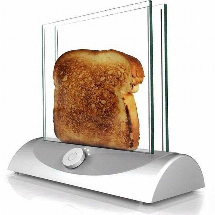 トーストの焼け具合が丸見えだ!「シースルートースター」