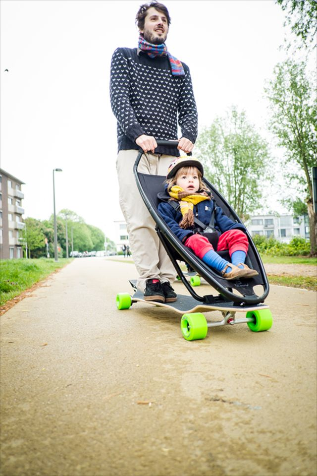 ロングボードとベビーカーの夢の融合!?「Longboard Stroller」