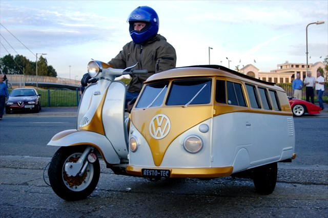 【小ネタ】これは可愛い!ワーゲンバス型のサイドカー