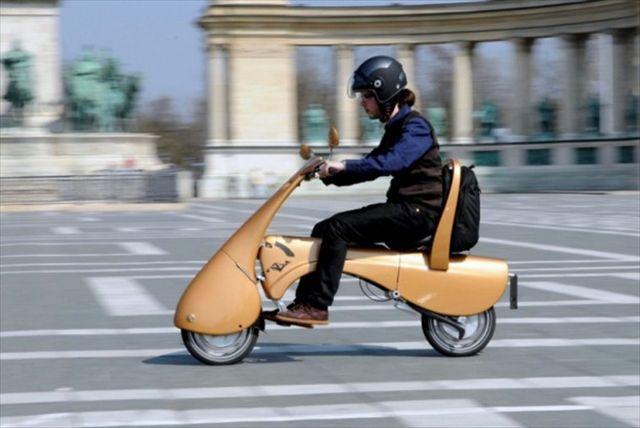 超COOL!!折りたたんでスーツケースみたいに持ち運べる電動バイク「Moveo」