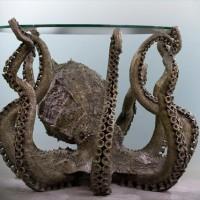 超リアルな巨大なタコ型テーブル「Octopus Table」