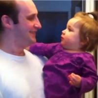 【動画】髭を剃ったお父さんが誰だか分からなくて泣き出す女の子が可愛いw