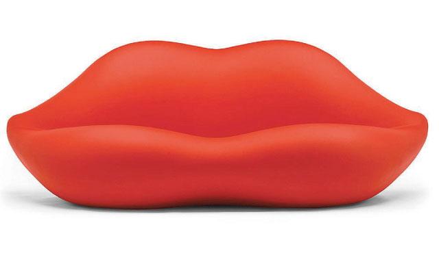 マリリン・モンローへのオマージュで作られた唇型のソファー「BOCCA」