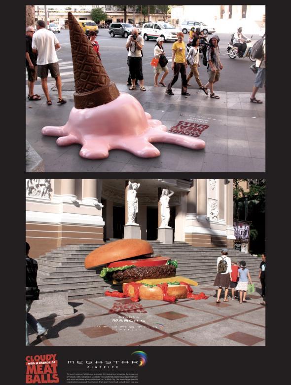 巨大なアイスとハンバーガーが降ってきた!?「くもりときどきミートボール」の広告が素敵!