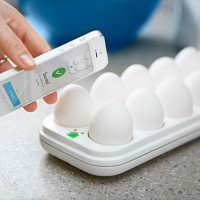 これは面白い!「冷蔵庫に卵あったっけ?」を解決してくれるガジェット「Egg Minder」