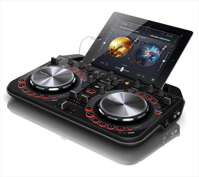 iPhone・iPad・iPod touchを装着できるDJコントローラー「DDJ-WeGO2」が超格好いい!