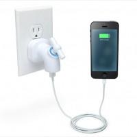コンセントをレトロな蛇口に変身させるUSBタップ「Power Tap USB Wall Charger」
