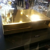 ロンドンのデパートで売られていた24金のXboxが凄い!値段はなんと9700ドル