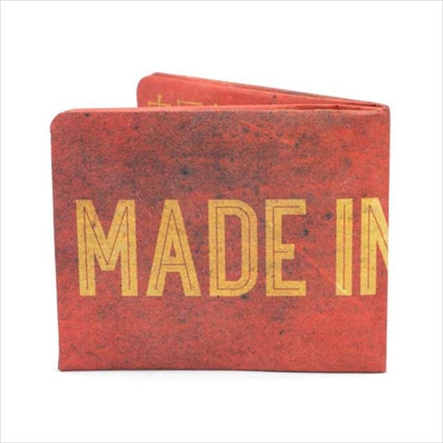 ひと目で製造元の国が分かる斬新なデザインの財布が売ってたwww