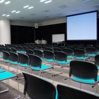 【小ネタ】あなたはどこに座る?「大学の講義の座席別イメージ」がTwitterで話題。