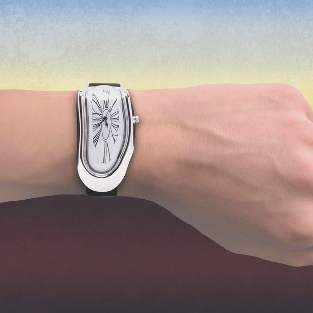 ダリの名画「記憶の固執」みたいな腕時計「Dali Melting Wrist Watch」