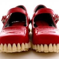 これはキモ凄いぞ!靴底が歯で出来た靴@Fantich & Young
