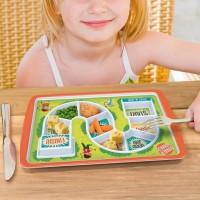 食事中に遊んでしまう子供の遊び心を逆手に取ったアイデアプレート