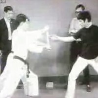 【動画】ブルース・リーの「寸勁」の様子を収めた動画が凄い!