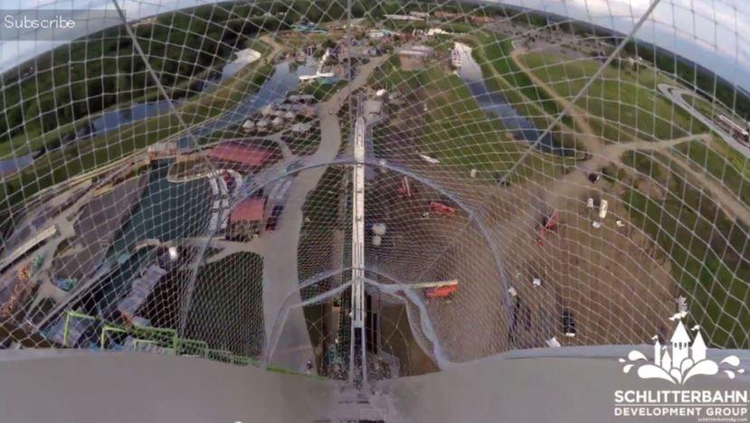 世界一高いウォータースライダー「Verruckt」のテスト滑走の様子が凄すぎる!