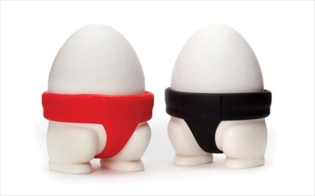 ゆで卵をお相撲さんに変えるエッグカップ「Sumo Eggs」