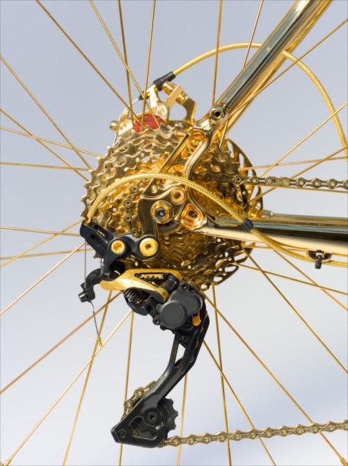 超高級!600個のダイヤを散りばめた24金のマウンテンバイク、値段はなんと100万ドル