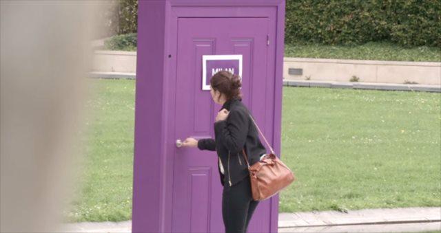 フランスの街中に突如現れた不思議なドア、扉の向こうに現れたのは・・・?