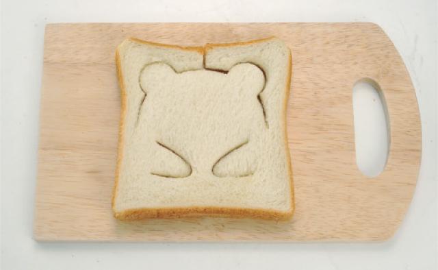 食パンを立体的なパンダに変えるおもしろキャラ弁グッズ「パンDEポップ!アップ!」が楽しそう!