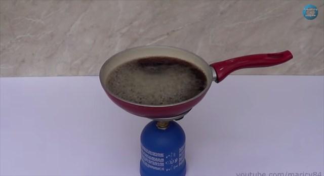 【実験】「コカ・コーラ」と「コカ・コーラゼロ」に入ってる砂糖の量はどれくらい違うのか?