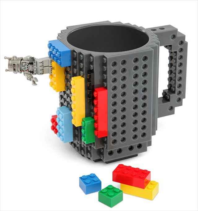 LEGOを装着して自分好みにカスタマイズできるマグカップ「Build-On Brick Mug」