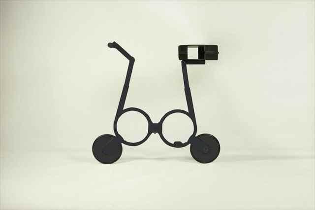 もの凄く小さく折り畳める電動バイク「The Impossible bike」