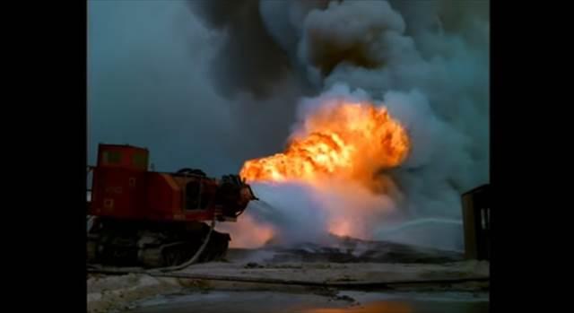 """油田火災を消火する為に""""あるもの""""を組み合わせて作られた戦車『Big Wind』の最終兵器感が凄い!"""