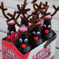 クリスマスパーティーのクオリティをグンッとアップさせるDIY「瓶ビールをトナカイにする方法」