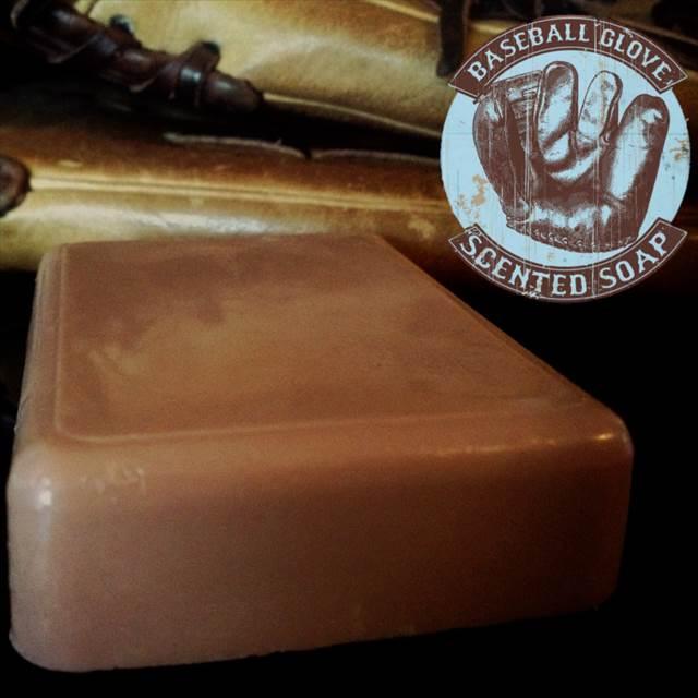"""臭いフェチに是非オススメしたい""""野球のグローブ""""の香りがする石鹸『Baseball Glove Scented Soap』"""