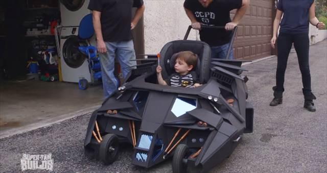 【本気】ハリウッドのプロ小道具職人が作ったバットモービル型のベビーカーが凄すぎる!