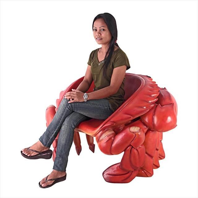 蟹の主張が強すぎる椅子『Giant Red King Crab Sculptural Chair』が凄いw