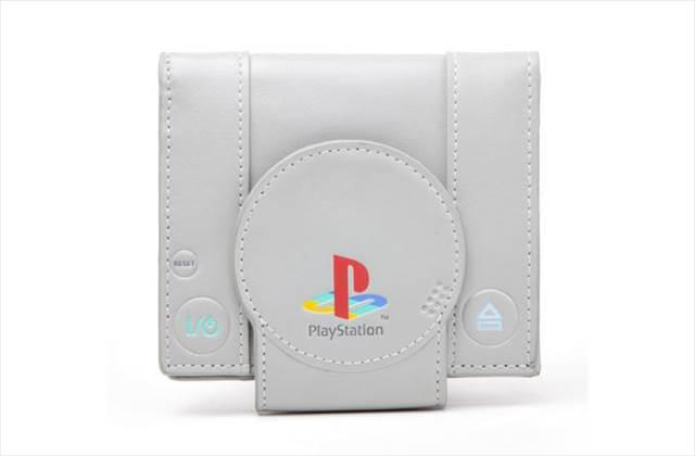 初代プレステがそのまま財布になった「Playstation Shape Bifold Wallet」が欲しすぎる