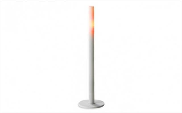 余計なものを削ぎ落としてデフォルメしたようなデザインの電子キャンドル『Electric candle』