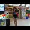 ショッピングモールの歌姫「ゼンディー・ローズ」の歌唱力が凄い!