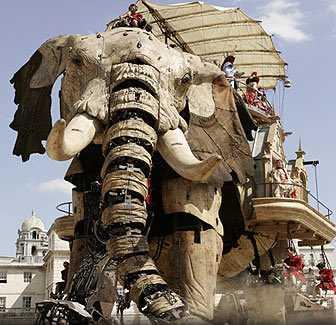 【動画】巨大な機械人形を動かす「ラ・マシン」が凄すぎる