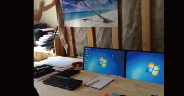 【動画】ベッドの下から出現する秘密のコンピュータールーム