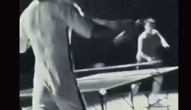 ブルース・リーがヌンチャクで卓球をしたらこうなるんじゃないかという動画が凄い